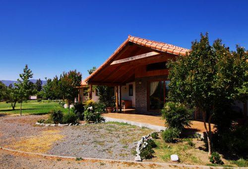 Parcela de 15.000 m2 con hermosa casa de 380 m2 en María Pinto