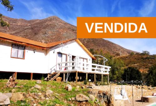 Parcela semi plana Nº147 con casa. Condominio Reserva La Aurora