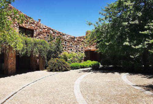 Hermosa casa de construcción sólida de 445 m2 en parcela de 2ha – Condominio La Aurora